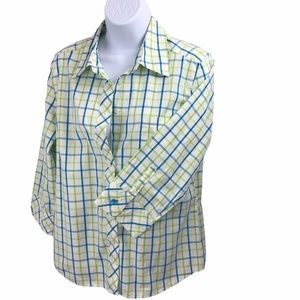 Lilly Pulitzer Button down 10